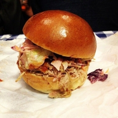 Traditional_Pulled_Pork_Burger_Street_Food