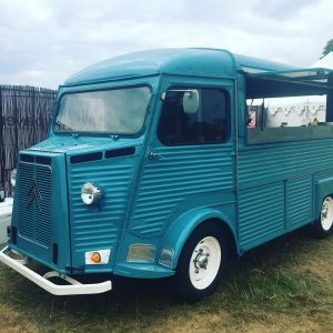 4 Reasons to hire our vintage street food trucks